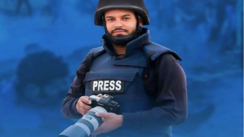 صحفيون يتضامنون مع مصور فلسطيني فقد عينه بقنبلة غاز اسرائيلية