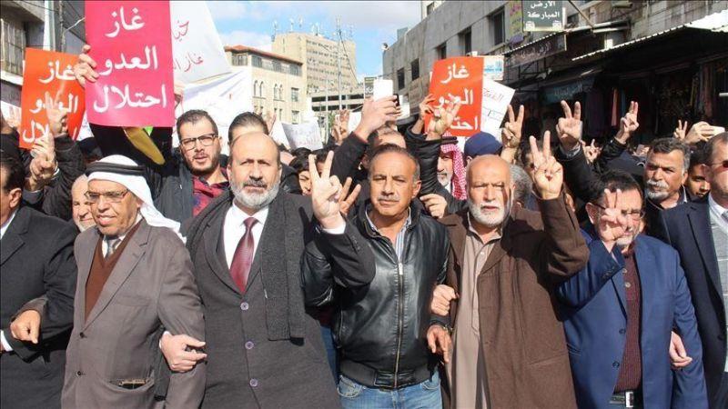 """""""غاز العدو استعمار"""" .. الأردنيون يرفضون الغاز """"الإسرائيلي"""""""