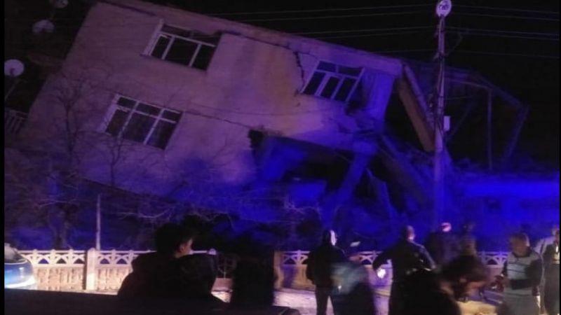 بالفيديو .. قتلى وجرحى في زلزال ضرب تركيا بقوة 6.8 درجات