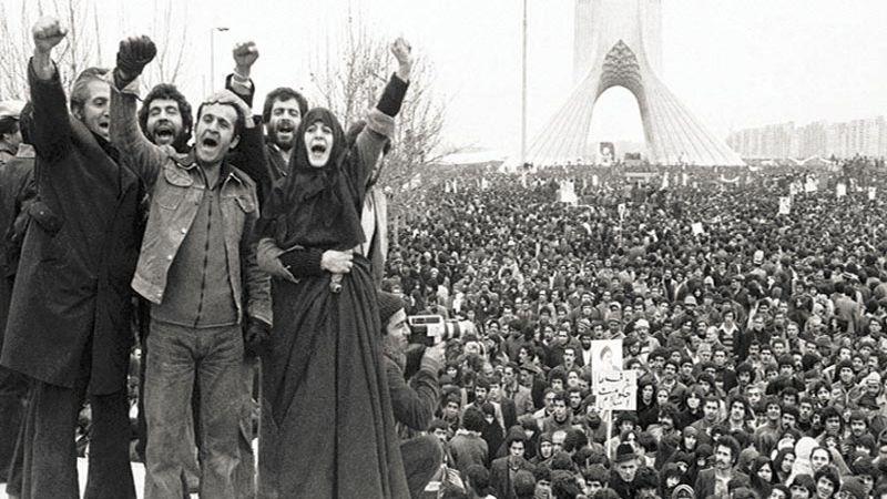 """الجمهورية الإسلامية الإيرانية: انطلاق احتفالات """"عشرة الفجر"""""""