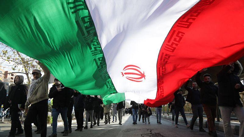 ملايين الإيرانيين يُجدّدون ولاءهم للثورة الإسلامية