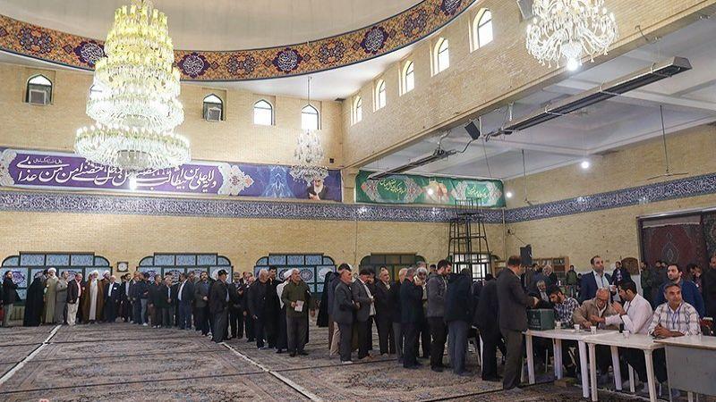 المبدئيون يحققون فوزاً ساحقاً في إنتخابات طهران