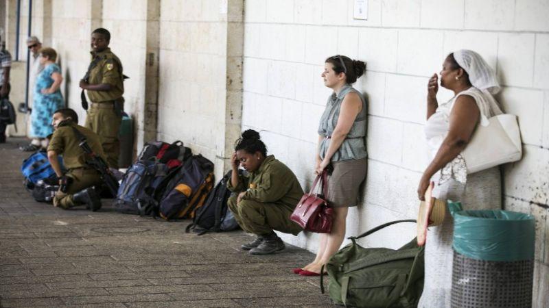 مستوطنو غلاف غزة مكتئبون