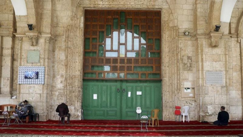 """إغلاق جميع مصليات المسجد الأقصى لمنع انتشار """"كورونا"""""""