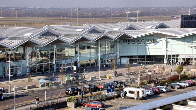 """مطار بيرمنغهام البريطاني.. ثلاجة لموتى """"كورونا"""""""