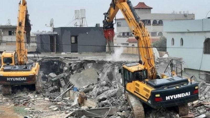 قوات الاحتلال تهدم منزلًا جنوب طولكرم