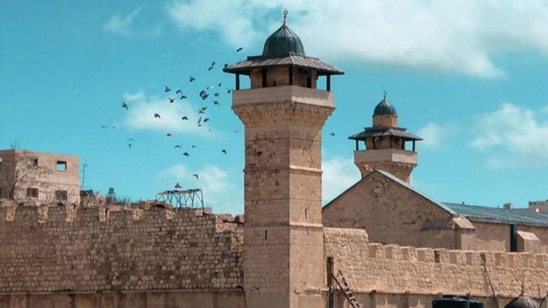 الاحتلال يُغلق الحرم الابراهيمي