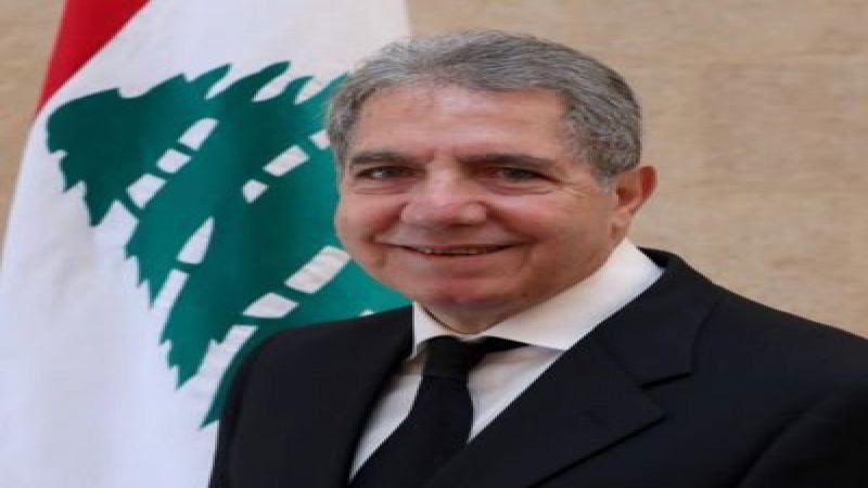 """المساعدات المالية للطلاب اللبنانيين في الخارج على الطريق... وهذا ما يقوله لـ""""العهد"""" وزير المال"""