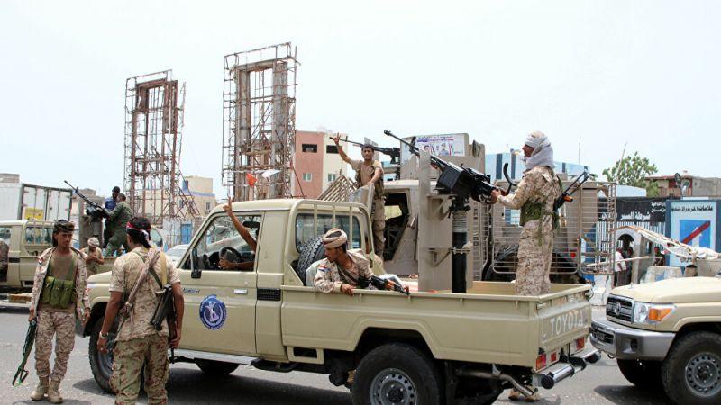 بلومبيرغ: إعلان الحكم الذاتي جنوب اليمن ضربة للسعودية