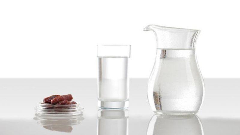 كيف نتفادى الشعور بالعطش خلال الصيام؟