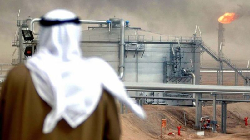 انخفاض في صادرات السعودية النفطية مع هبوط الطلب