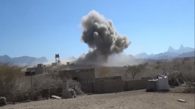 طيران العدوان السعودي يكثف غاراته في الحديدة والجوف والبيضاء وصعدة