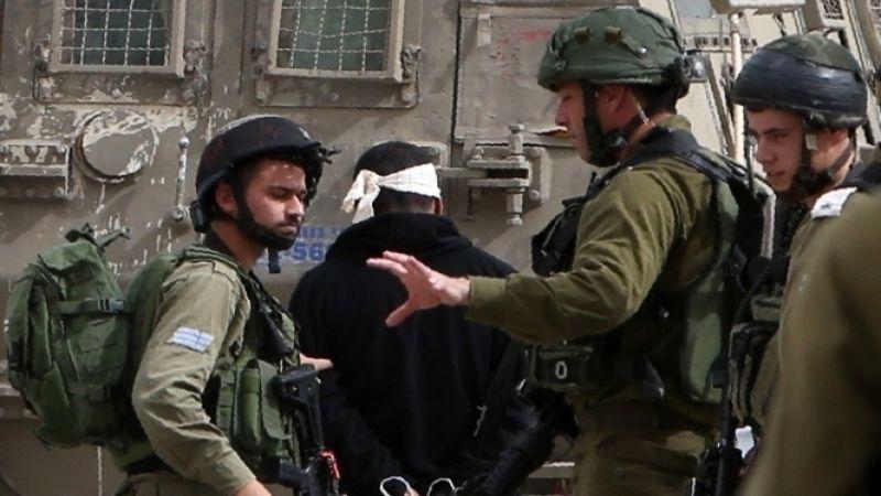 الاحتلال يعتقل 22 فلسطينيًا في الضفة