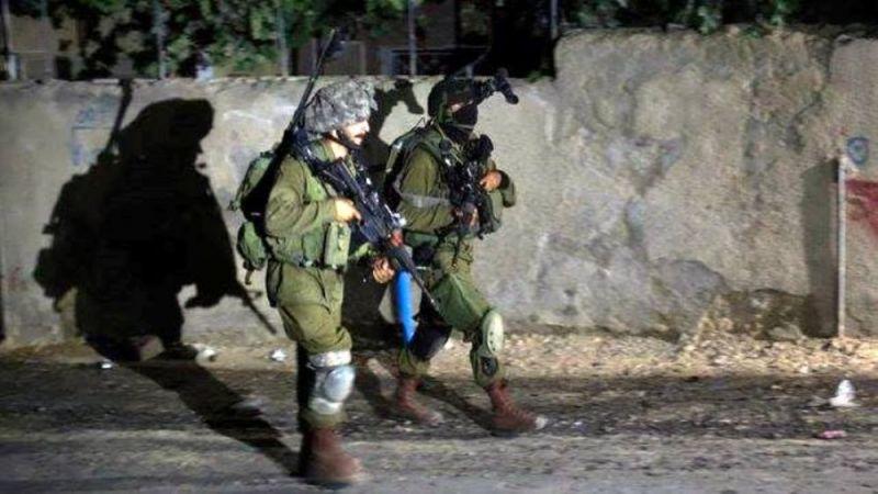 قوات الاحتلال تعتقل 18 فلسطينيا من الضفة والقدس