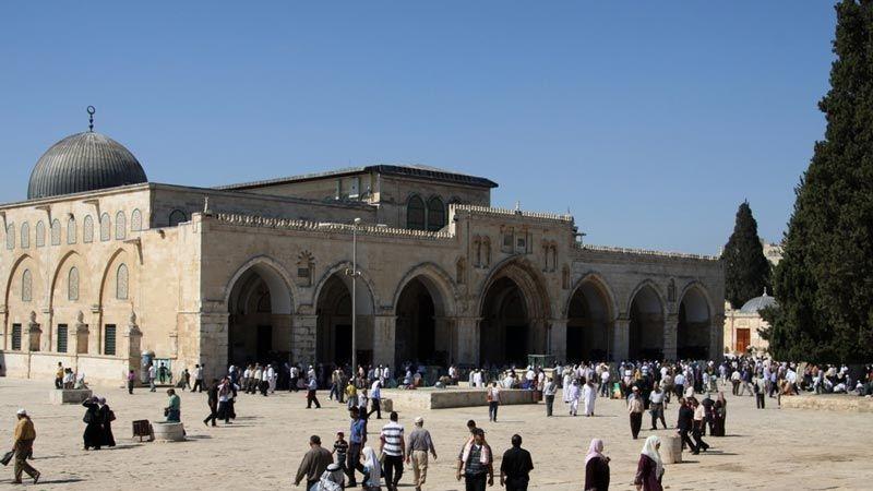 أبواب المسجد الاقصى تُفتح أمام المصلين بعد عيد الفطر المبارك