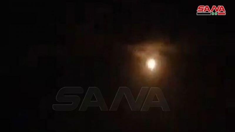"""الدفاعات السورية تتصدى لعدوان """"إسرائيلي"""" وتسقط عدداً من الصواريخ بريف حماة"""