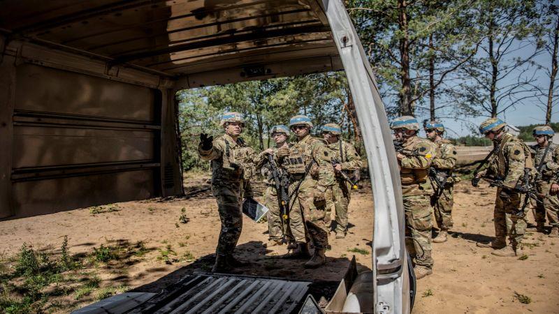 عمليات سطو على قواعد جيش الاحتلال والأخير يحاول التصدّي لها بصعوبة