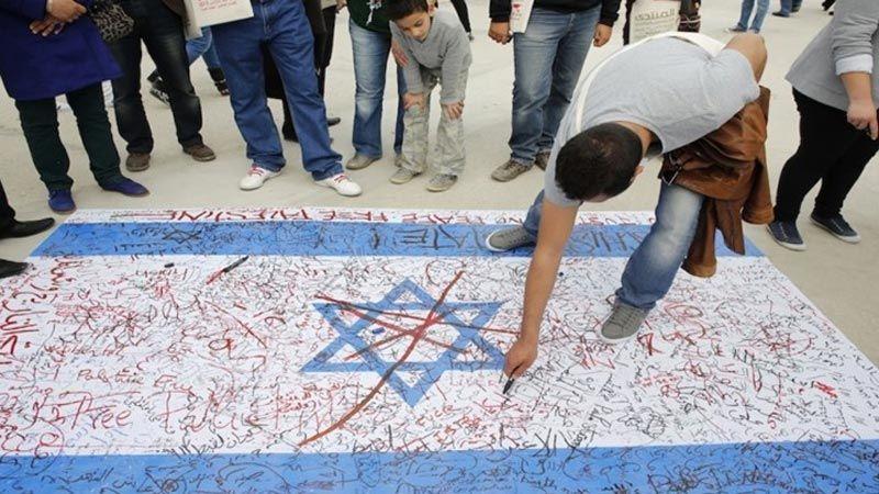 """نشطاء تونسيون لـ """"العهد"""": نرفض مخططات الضمّ الصهيونية ولا بدّ من مقاومتها"""