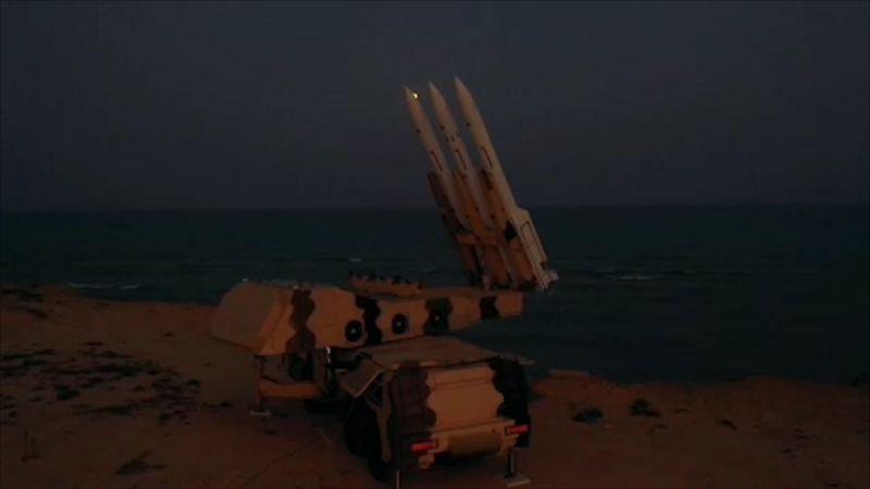 """بالفيديو..  الحرس الثوري يعرض مشاهد لمنظومة """"سوم خرداد"""" الصاروخية للمرة الأولى"""