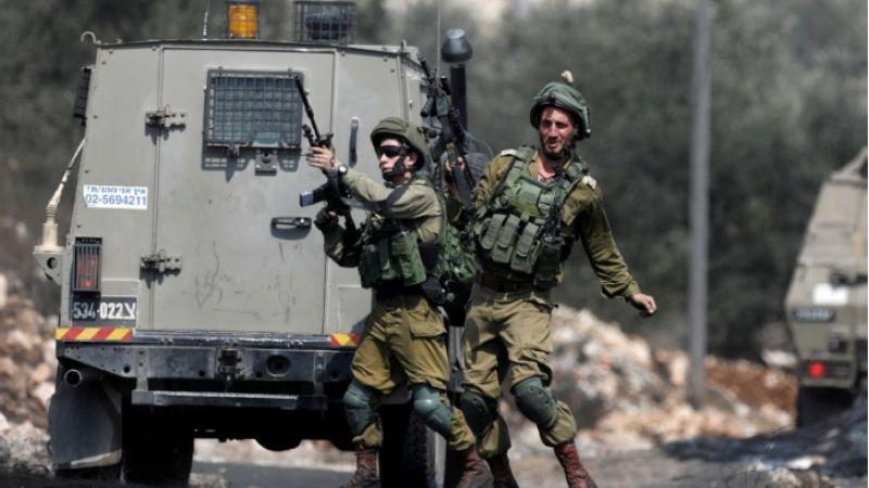 الاحتلال يعتقل 17 فلسطينيا من الضفة الغربية بينهم شقيقان وأب ونجله