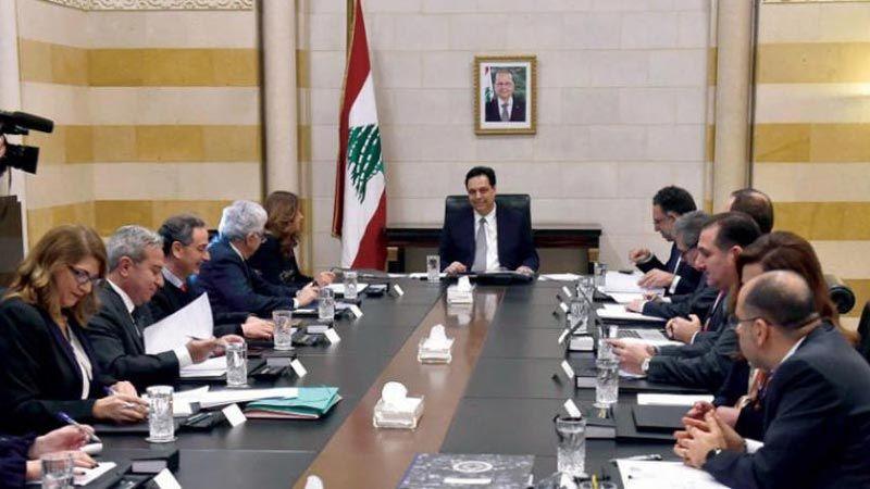الرئيس دياب: جهات خارجية تُحاصر اللبنانيين