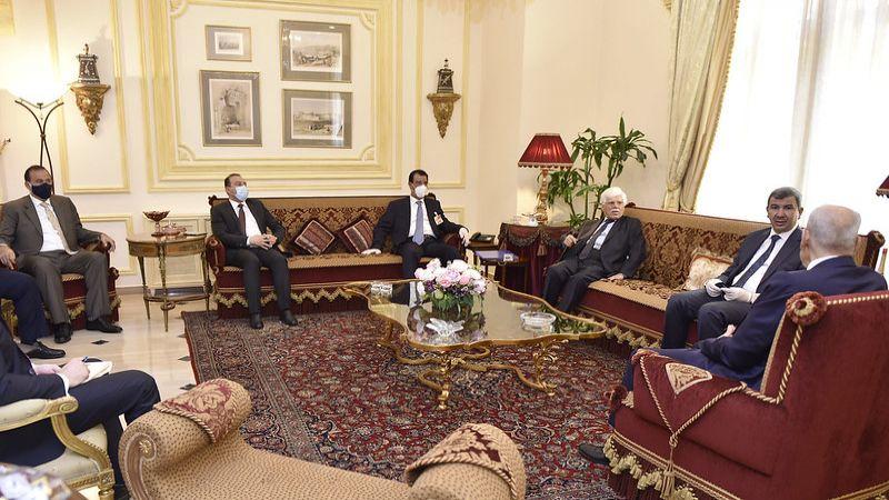 الوفد الوزاري العراقي اجتمع بالرئيس بري .. الحكومة العراقية مستعدة لتسهيل كافة الإجراءات