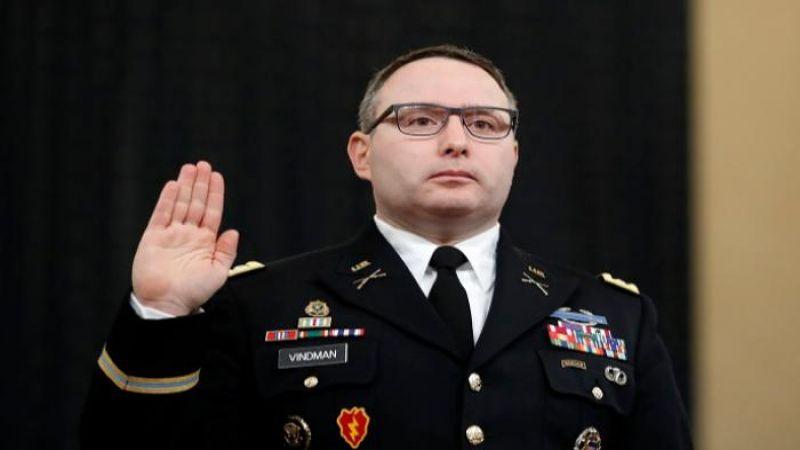 ضابط أميركي يدفع ثمن شهادته ضدّ ترامب