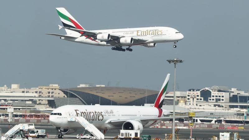 طيران الإمارات مستمرّ بطرد موظّفيه