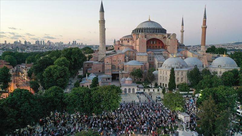 أردوغان يعلن عن تحويل آيا صوفيا إلى مسجد