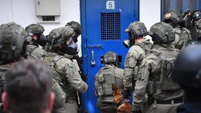 الاحتلال يعتقل 2330 فلسطينيًا في النصف الأول من العام الجاري