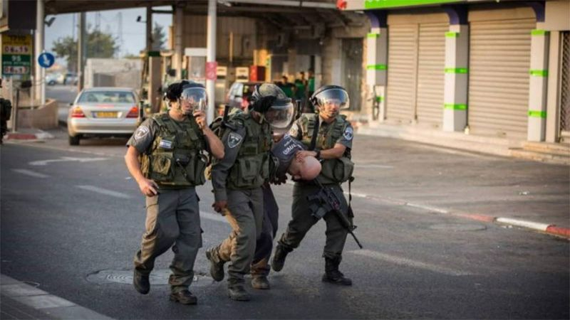 قوات الاحتلال تعتقل 25 فلسطينيا من الضفة