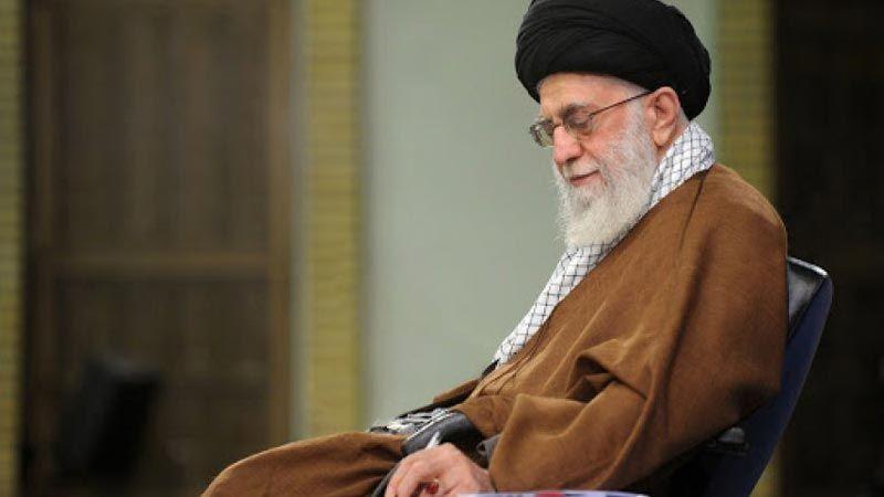 الإمام الخامنئي یهنیء مسلمي العالم بعيد الاضحى المبارك