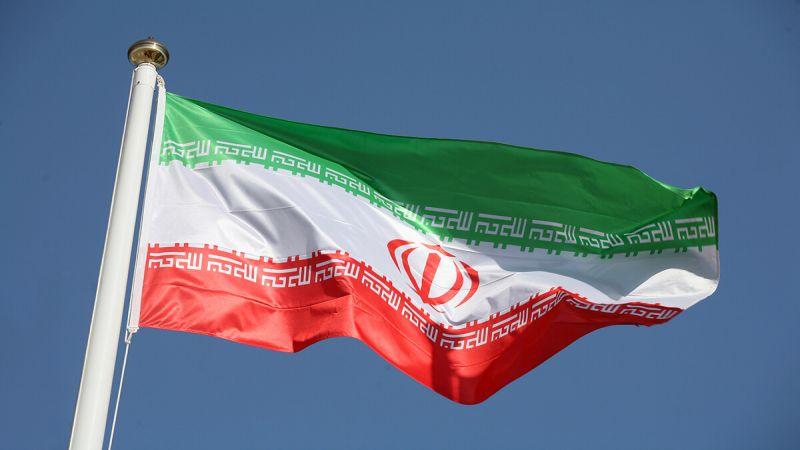إيران تفرض عقوبات على مسؤول أمريكي.. من هو؟