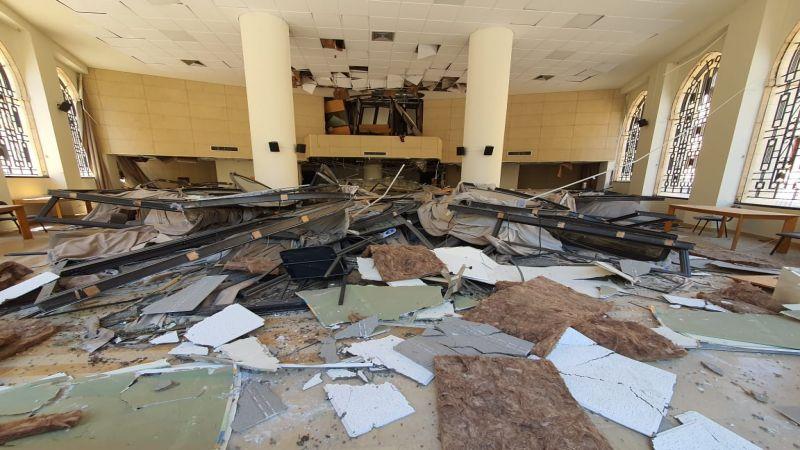 بالصور: هكذا بدا المشهد داخل مجلس النواب إثر انفجار مرفأ بيروت
