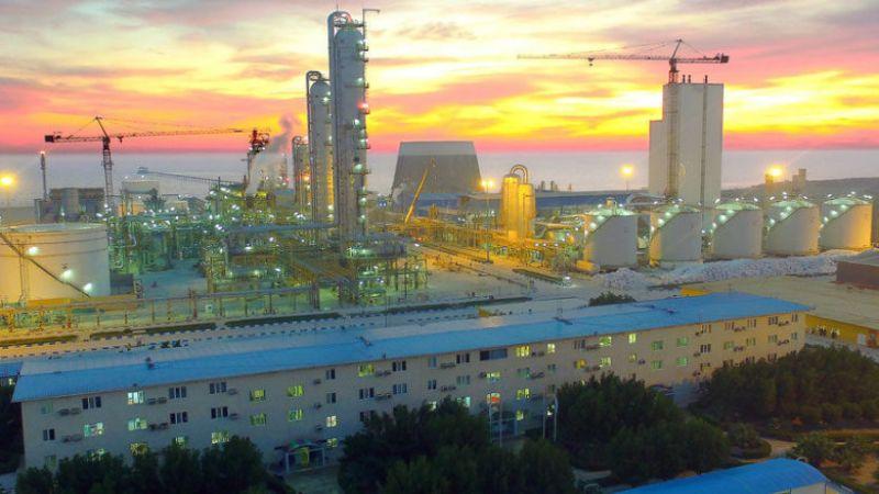 تدشين أكبر مصنع لانتاج الميثانول في العالم جنوب إيران