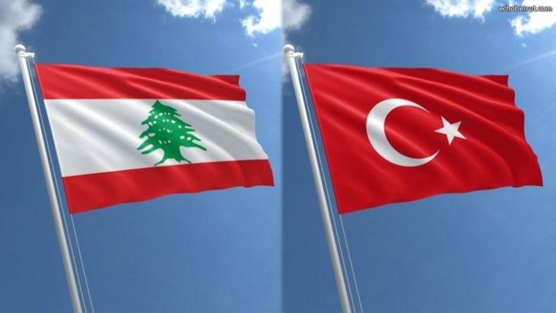 """تركیا تواجه """"الناتو"""" وتنافس فرنسا في لبنان"""