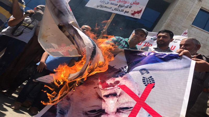 الفلسطينيون قالوا كلمتهم: لا للتطبيع بل تصعيدٌ للمقاومة