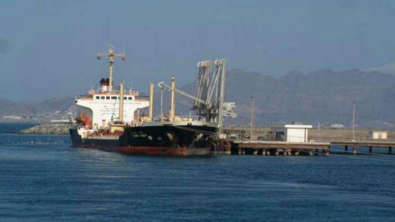 كارثة إنسانية وشيكة في موانئ البحر الأحمر