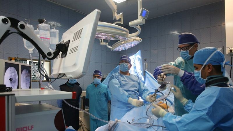 إجراء أول عملية جراحية ناجحة لعلاج الورم النخاعي في شمال شرق ايران