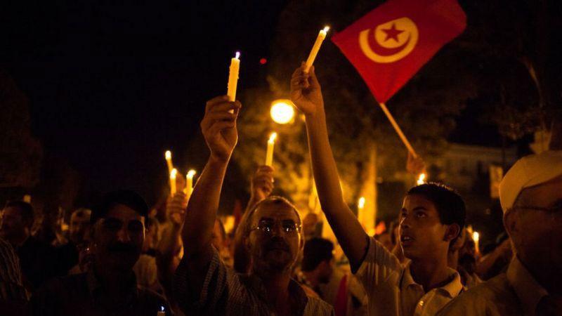 أزمة تونس الجديدة.. هل بدأ الصراع بين القصبة وقرطاج؟