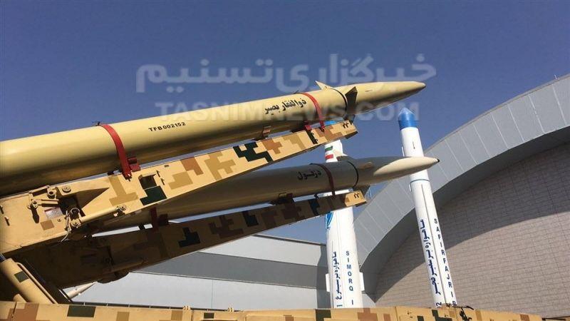 """الحرس الثوري الإيراني يزيح الستار عن الصاروخ الباليستي البحري """"ذو الفقار بصير"""""""