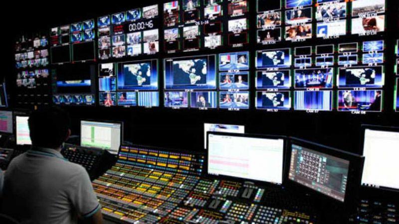 الإعلام يجلد الذات الوطنية بسوط الأجنبي