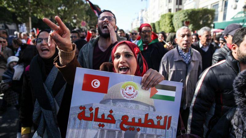 إعلام العدو يرصد الحملات المُعترضة على اتفاقي التطبيع مع الإمارات والبحرين