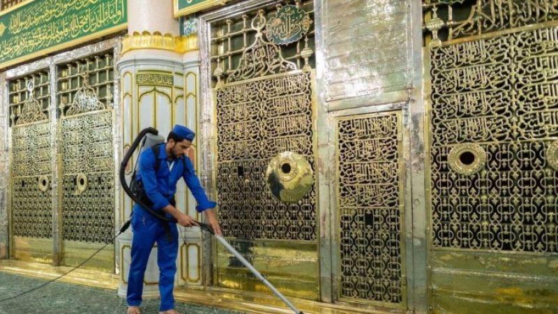 استئناف استقبال المعتمرين في الروضة الشريفة بالمسجد النبوي