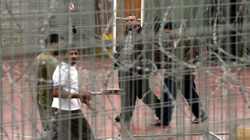 فلسطين .. ارتفاع عدد الأسرى المضربين عن الطعام مع انضمام دفعات جديدة