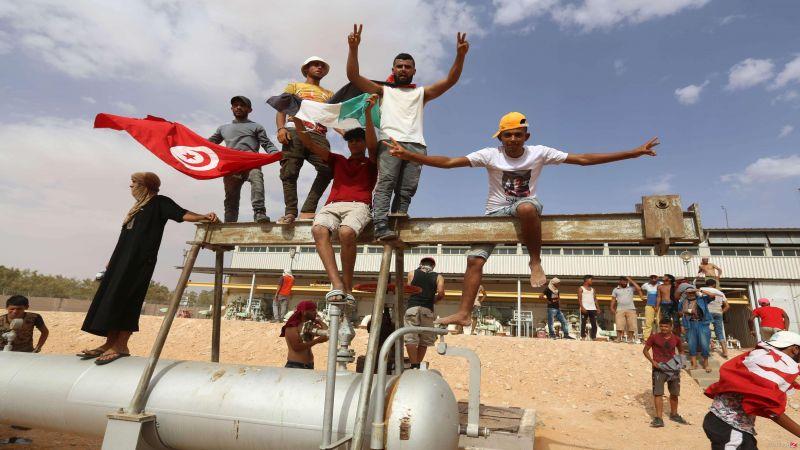 تونس:عودة احتجاجات المناطق الحدودية يعمّق التحديات أمام الحكومة