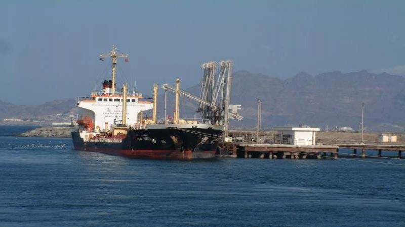 بعد 133 يومًا من الحرمان.. أكثر من 7000 طن من الغاز في طريقها الى اليمنيين