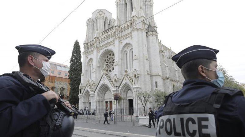 """مخاوف من تزايد """"التطرف المتبادل"""" في فرنسا"""