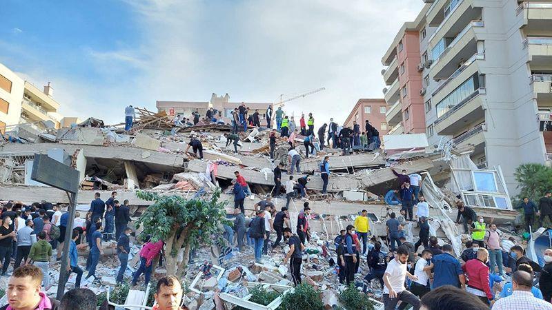 تركيا: زلزال ثانٍ بقوة 5 درجات يضرب إزمير