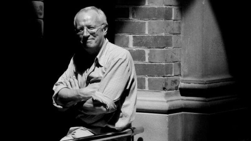 وفاة روبرت فيسك.. الصحافي البريطاني المناصر للقضية الفلسطينية